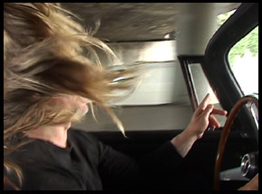 His car her hair, 2006, 3'17'' (extrait)